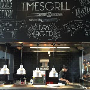 Modern Times Grill Cuisinier